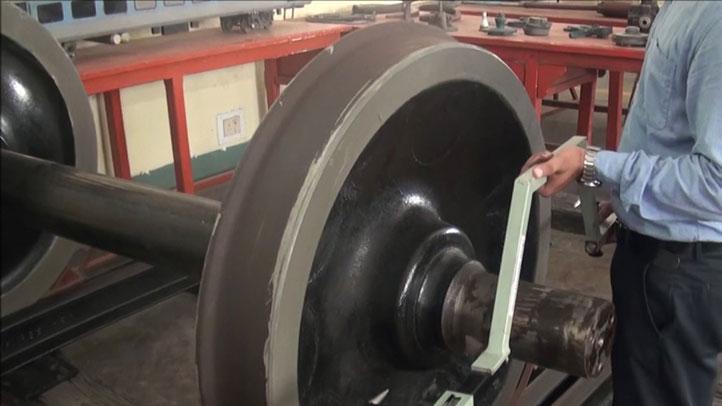 How to use Wheel Diameter Gauge